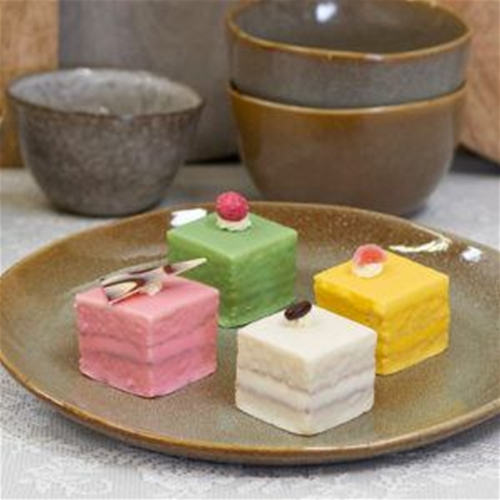 sweet petit four